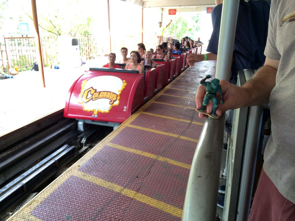 Colossus ride vehicle approaches the station. The Gorn is ready for his farewell voyage
